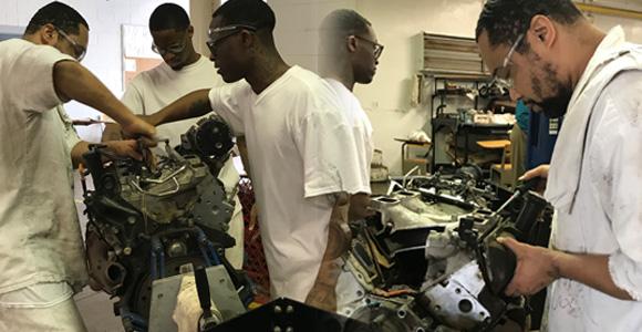 Campbell Concrete visits Polunksy Unit, tours Windham School District CTE programs