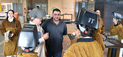 Bridging the gap: Former WSD student brings job talk to welding class for women in Gatesville
